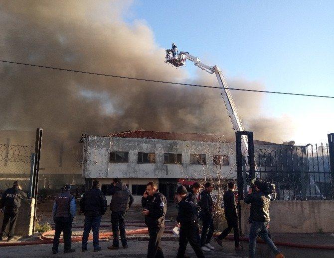 İstanbul'da büyük yangın!