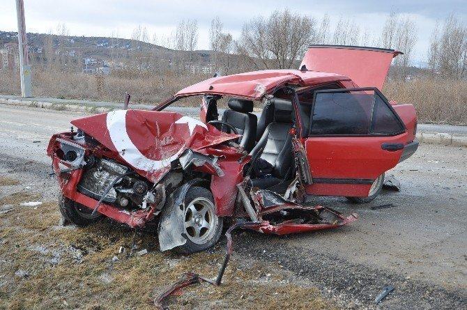 Otomobil ile tanker çarpıştı, 1 ağır yaralı