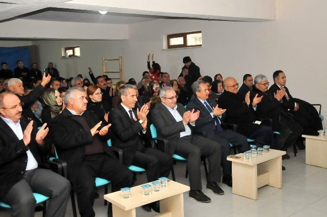 Akşehir Belediyesi'nden engelliler için 'engelsiz taksi' hizmeti