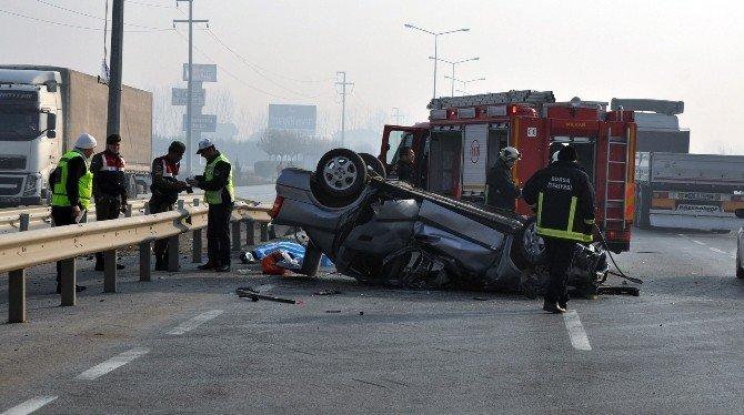 Otomobil bariyerlere çarptı: 1 ölü