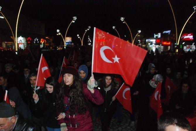 Tokat'ta vatandaş teröre tepki yürüyüşü düzenledi