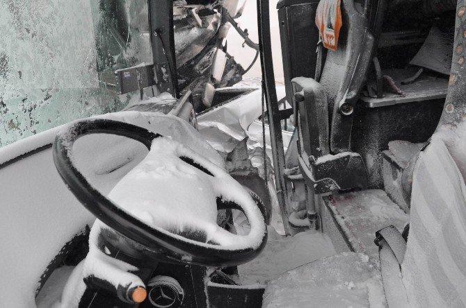 Sivas'ta zincirleme trafik kazası: 15 yaralı
