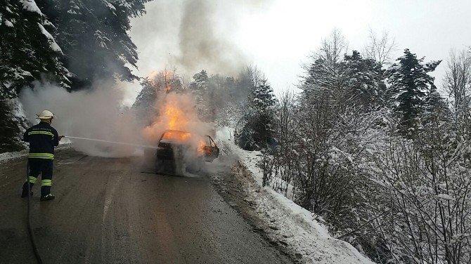 LPG'si patlayan otomobil alev alev yandı