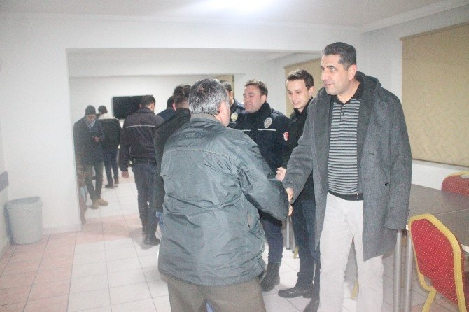 Otomobil tutkunlarından Çevik Kuvvet Şube Müdürlüğü'ne ziyaret