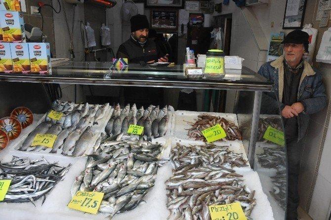 Kar yağdı, balık fiyatlarında artış yaşandı