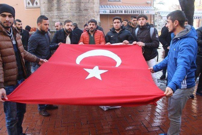 Bartın Üniversitesi öğrencilerinden teröre tepki