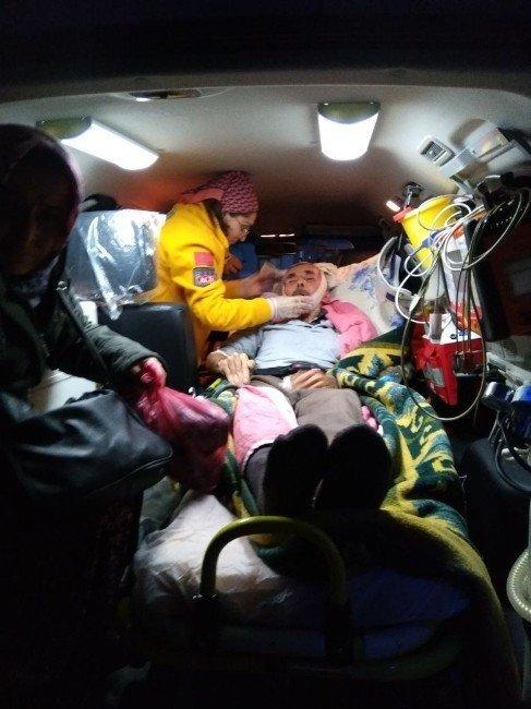 Paletli ambulans yoğun karda hastaların umudu oldu