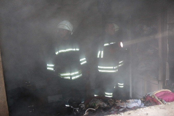 Suriyeli ailenin kaldığı evde yangın