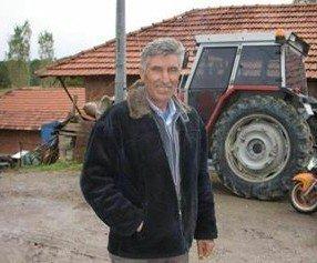 Yem karma makinesine düşen çiftçi öldü