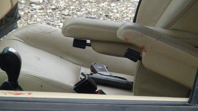 Silahlı saldırıya uğrayan sürücü yaralandı