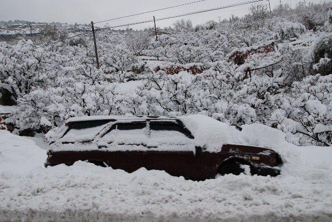 Mersin'de Kar'da mahsur kalan hastalar helikopterle kurtarıldı