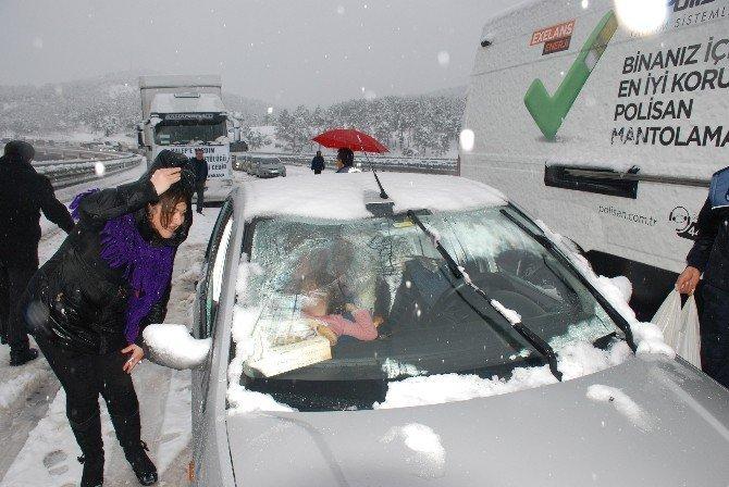 Toroslarda karla mücadele