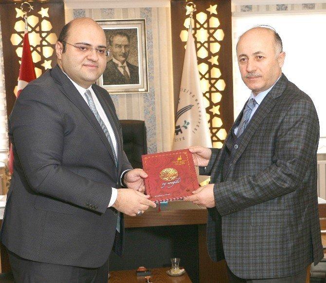 Aziziye Belediyesi'nin kentsel dönüşüm projeleri Vali Azizoğlu'ndan tam not aldı