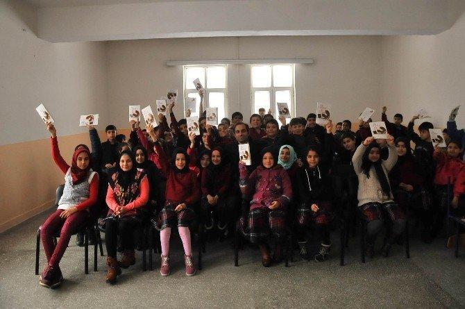 Konya'da yazarlar öğrencilerle buluştu