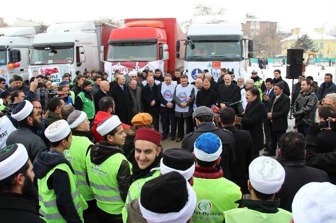 Erzurum'dan Halep'e 16 TIR yardım gönderildi
