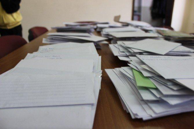 Ortaokul öğrencilerinden Mehmetçiğe mektup