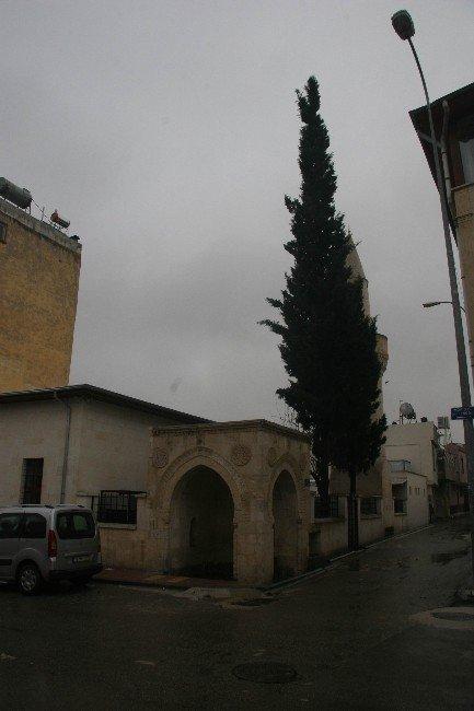 Kürtler Camii ibadete açıldı