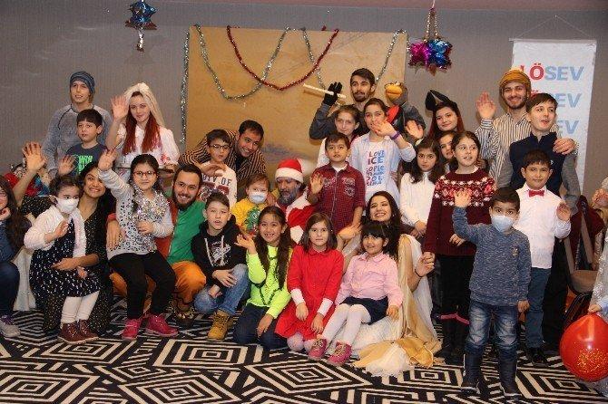 LÖSEV çocukları 2017 yılına yeni umutlarla girdi
