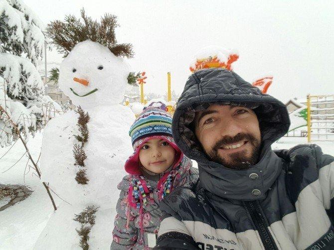 Nevşehir'den 'kardan adam' manzaraları