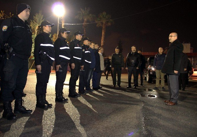 Vali Demirtaş polislerin yeni yılını kutladı
