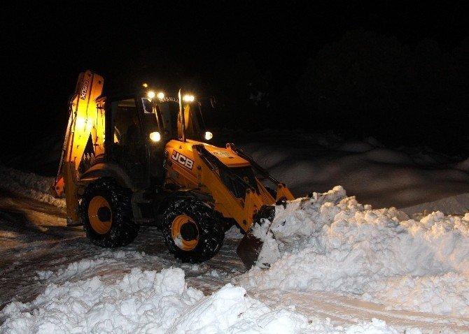 Akseki'de karla mücadele