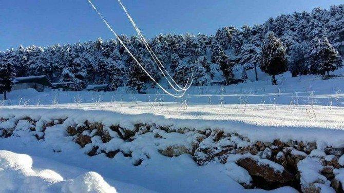 Tarsus'ta kar köylerde hayatı felç etti