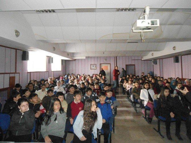 Tokat'ta bin öğrenciye enerji tasarrufu semineri
