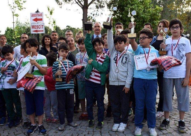 İncirliova Belediyesi'nden eğitime katkı spora destek