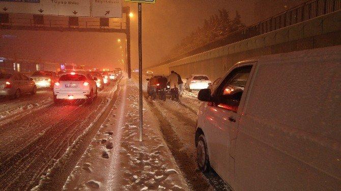 İstanbul'da sürücülerin zor anları