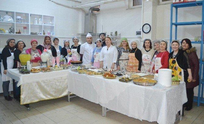 Kaymakam Kaya'dan Aşçı Çıraklık Kursu'na ziyaret