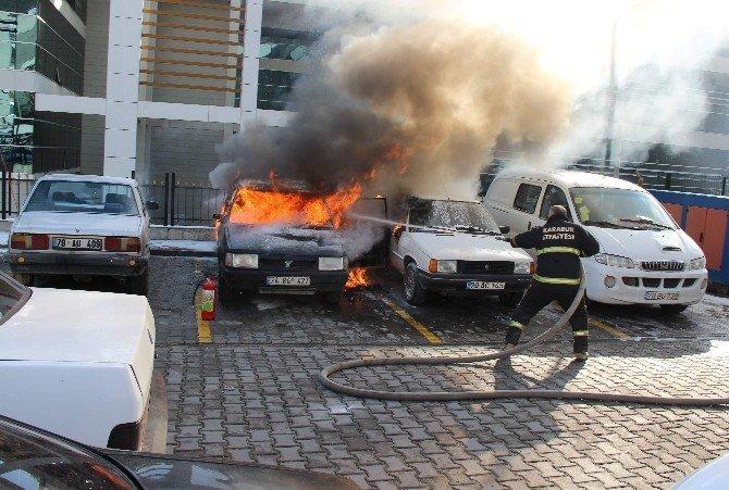 Hastane otoparkında yangın paniği