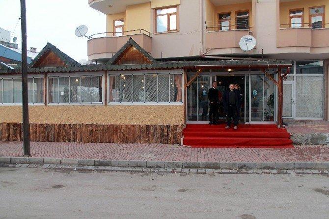 Konya'da restorana giren hırsız güvenlik kamerasına yakalandı