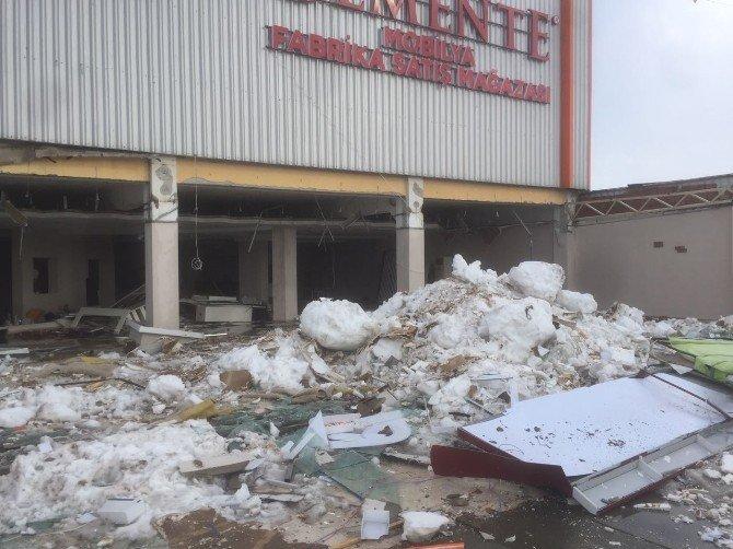 Karlar eridikçe, hasar ortaya çıkıyor