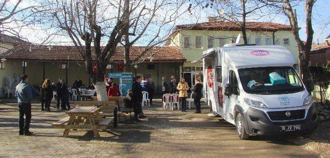 Bozbey karavanıyla mahalle mahalle geziyor