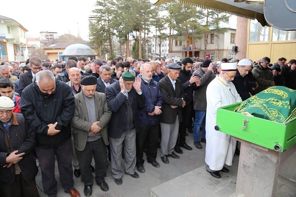 Oltu 'Toz Ahmet Abi'sini kaybetti