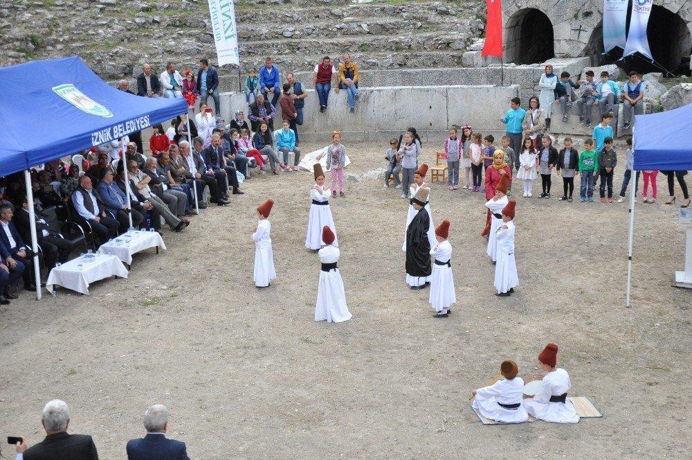 Müzeler Haftası antik Roma tiyatrosunda kutlandı