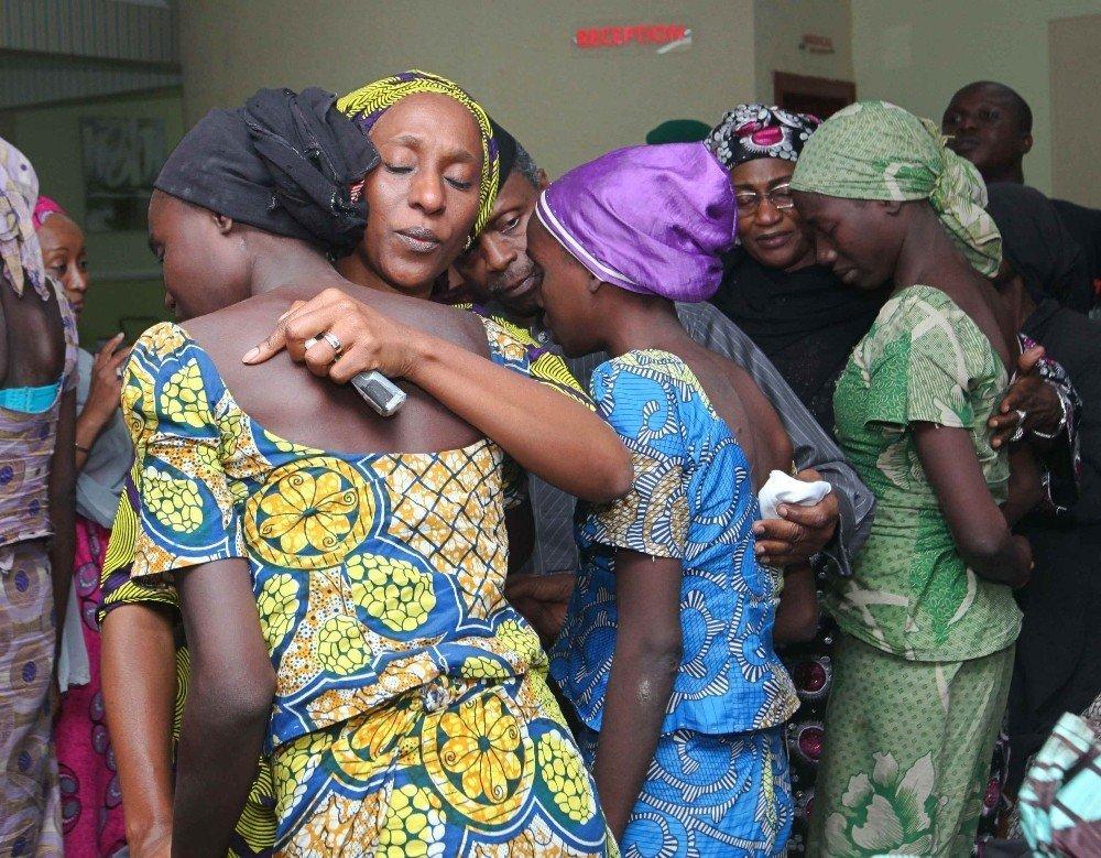 Boko Haram tarafından kaçırılan genç kızlar ailelerine kavuştu