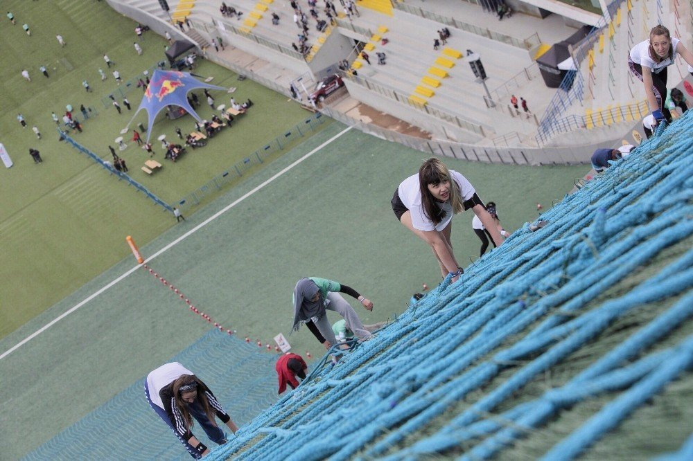 Dünyanın en zorlu kısa mesafe koşusu Erzurum'da yapıldı