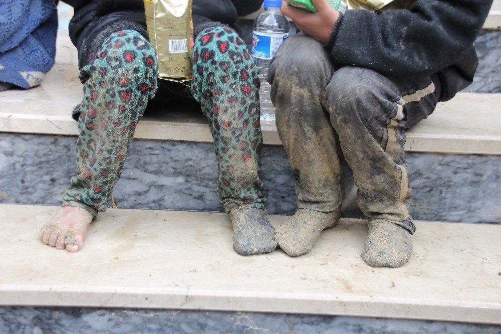 Minibüste 51 kaçak göçmen yakalandı