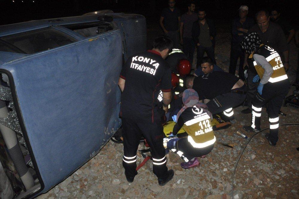 Konya'da takla atan otomobilin sürücüsü ağır yaralandı