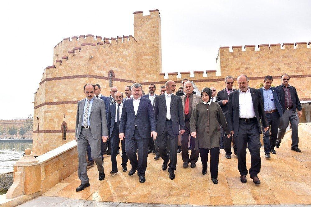 """Başkan Akyürek: """"İhlasla, samimiyetle Konya'nın temiz imajına zarar vermeden çalışmalıyız"""""""