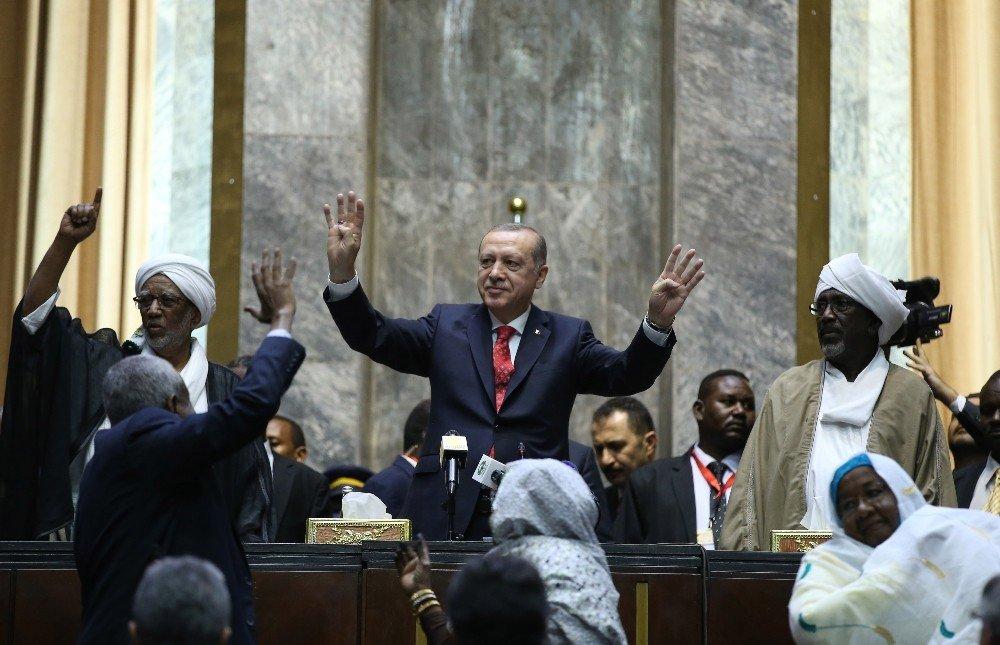 Cumhurbaşkanı Recep Tayyip Erdoğan SUDAN ile ilgili görsel sonucu