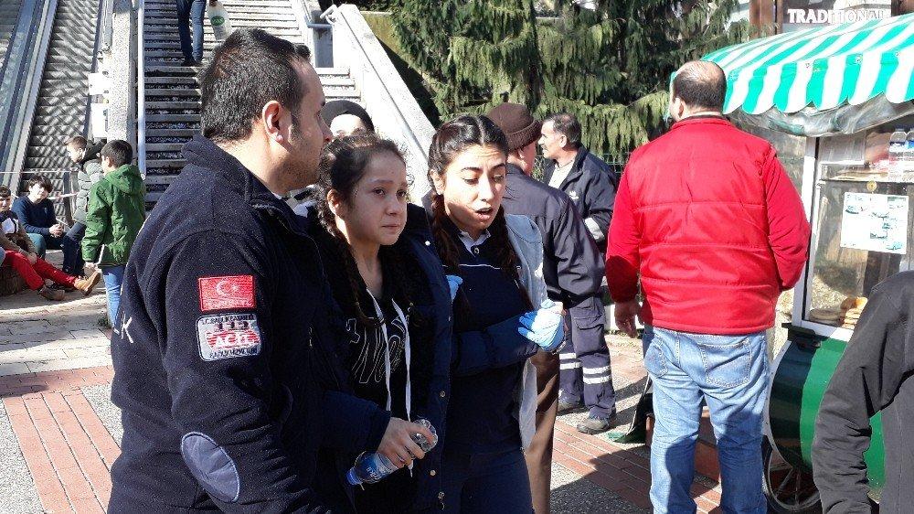 Bursa'da yürüyen merdivende can pazarı: 8 yaralı ile ilgili görsel sonucu