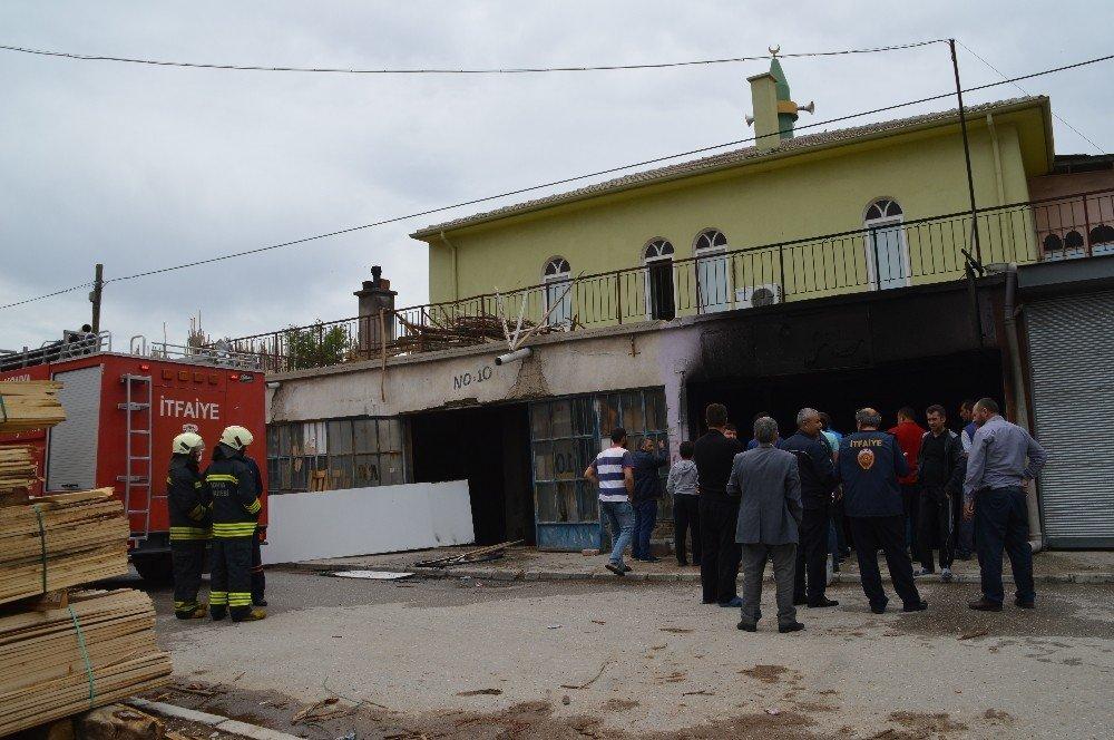 Konya'da pasajda yangın