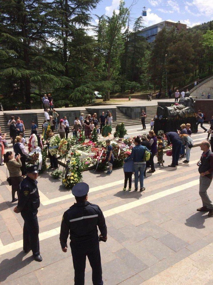 Gürcistan, 9 Mayıs Zafer Bayramı'nı kutladı