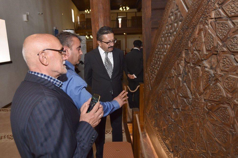 Restore edilen Ahi Evran Camii törenle açıldı