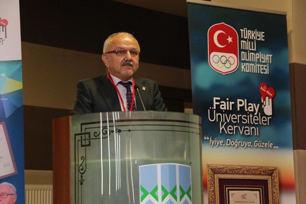 """KBÜ'de """"Fair-Play Üniversiteler Kervanı"""" paneli"""