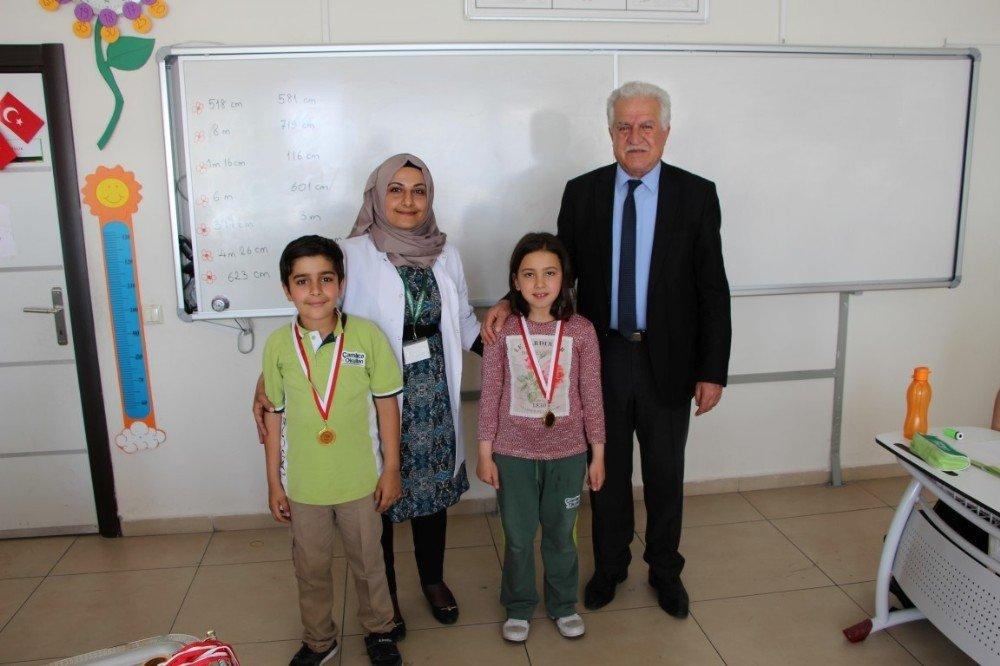 Çamlıca Okullarında satranç turnuvası düzenlendi