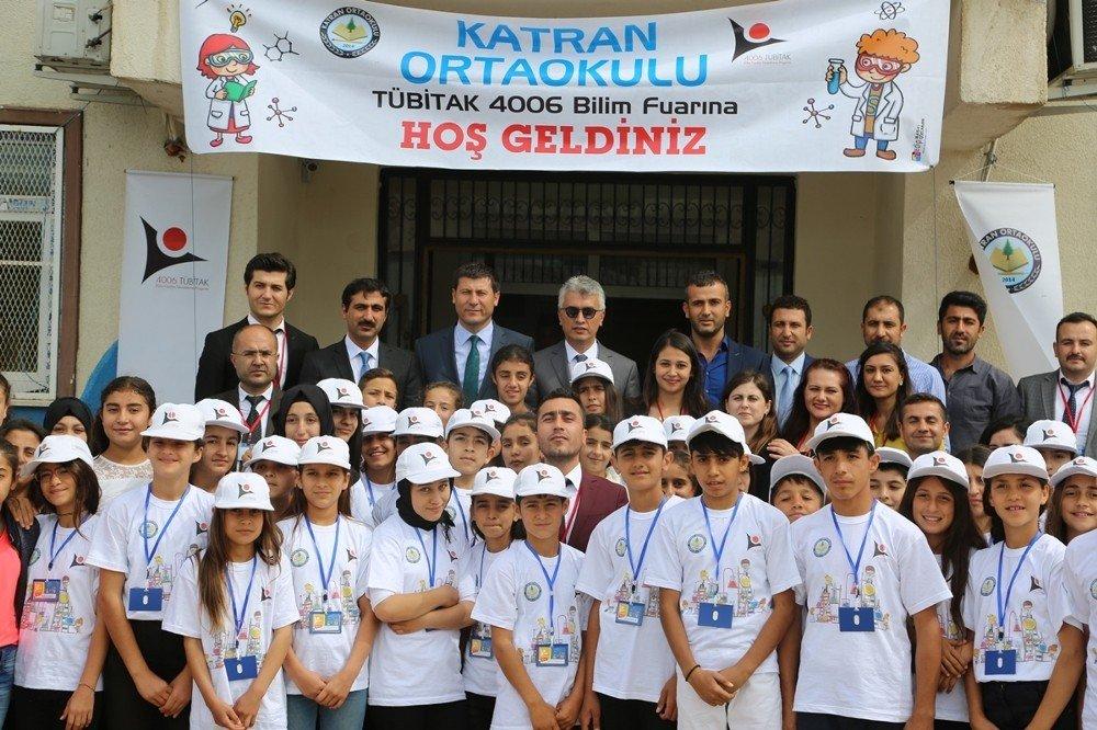 Cizre'de Katran ve Aşağı Çeşme Okullarında açılan bilim fuarı ilgi gördü
