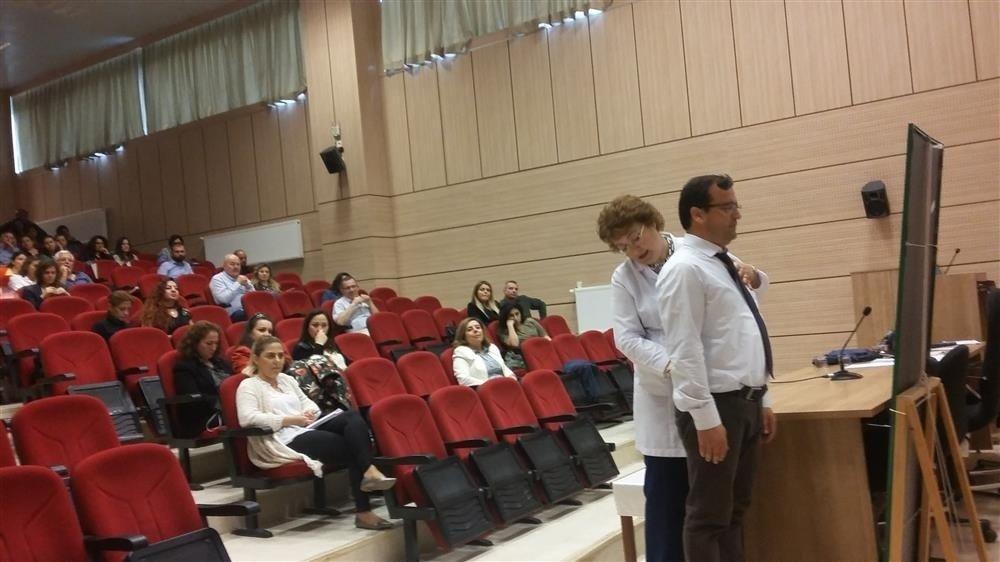 Sağlık personeline sağlık eğitimi